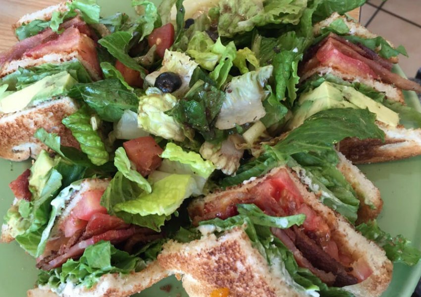 Avocado club sandwich Gallery 2